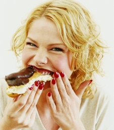 woman eating nutella