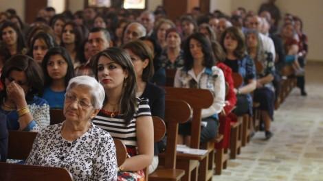 mideast-iraq-easter-church
