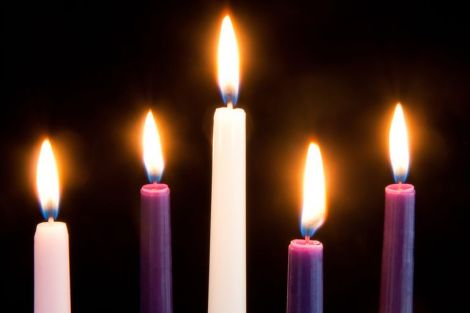 Advent purple Candles