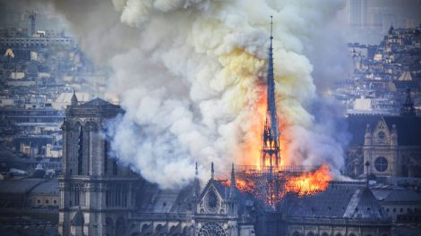 notre dame in paris in flames
